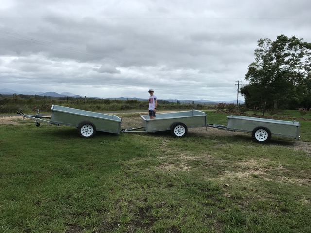 Macadamia Farm Trailers - Linkable